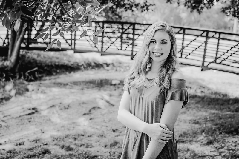 00010--©ADHPhotography2018--AmandaHorinek--Senior--August10