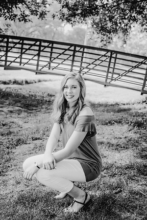 00022--©ADHPhotography2018--AmandaHorinek--Senior--August10