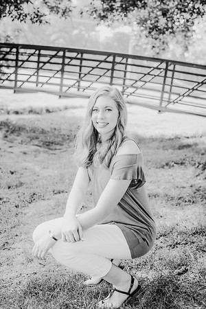 00018--©ADHPhotography2018--AmandaHorinek--Senior--August10