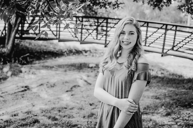 00012--©ADHPhotography2018--AmandaHorinek--Senior--August10