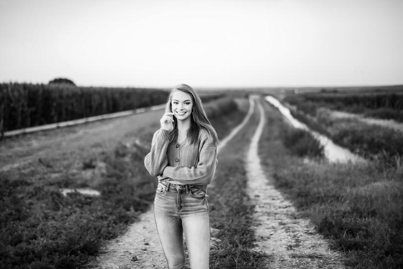 03758-©ADHPhotography2019--KoriUerling--Senior--July31