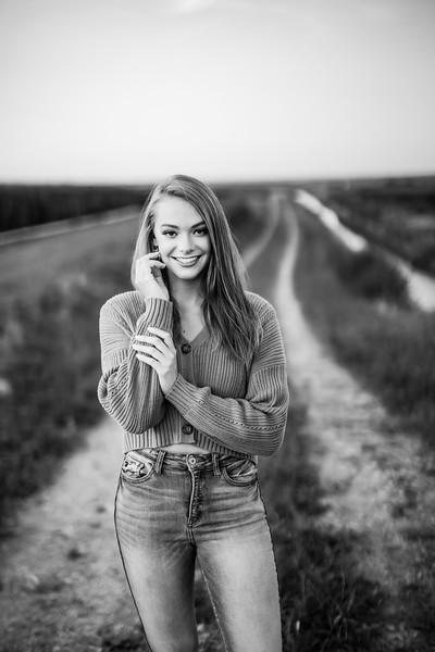 03740-©ADHPhotography2019--KoriUerling--Senior--July31