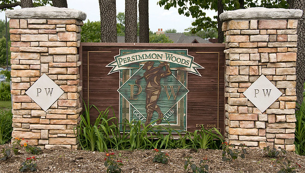 Entrance to Persimmon Woods GC