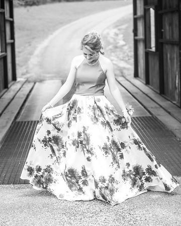 Morgan B Weimar Prom 2018