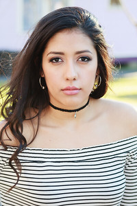 2017_Nahomy-Ibarra_Senior-Photos-196-Edit_Up-to-8x10