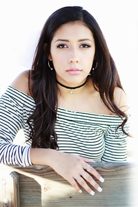 2017_Nahomy-Ibarra_Senior-Photos-170-Edit_Up-to-8x10