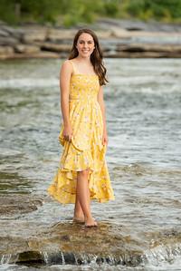 Abby-Senior2021-203