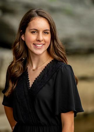 Abby-Senior2021-20