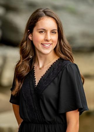Abby-Senior2021-15