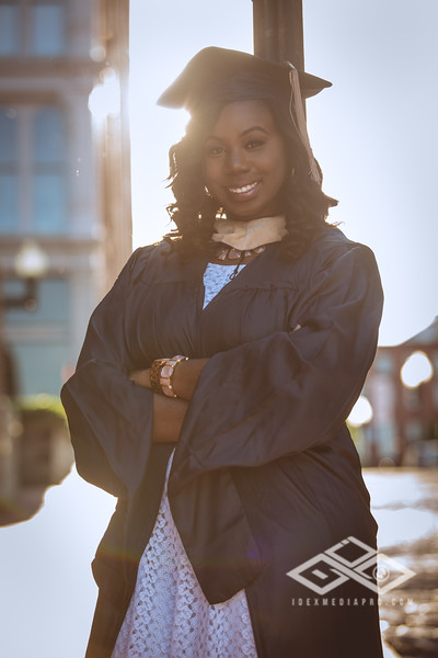 Brittany Dixon Grad-2711