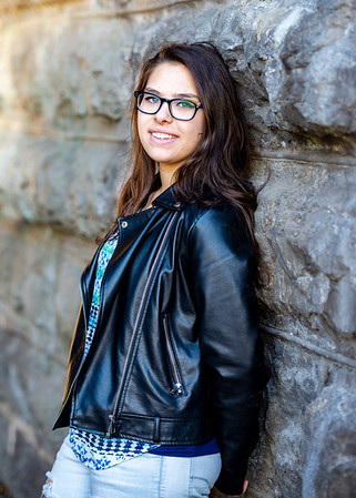 Brooke-Dorazio-Senior2019-0045 (1)
