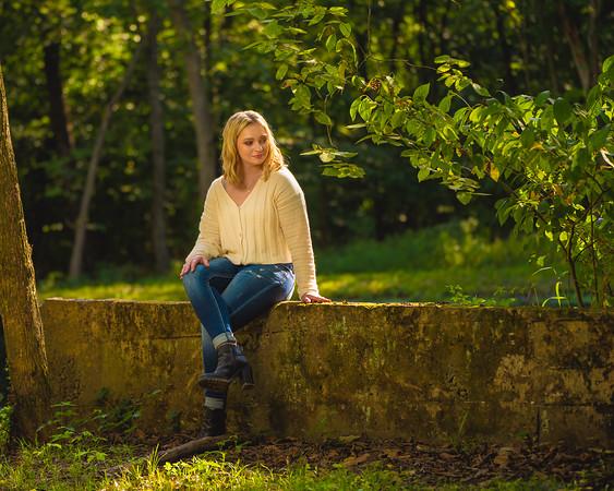 Caitlin Asbury Senior-7306227