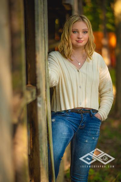 Caitlin Asbury Senior-7306259