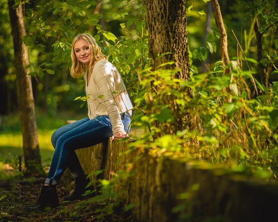 Caitlin Asbury Senior-7306230