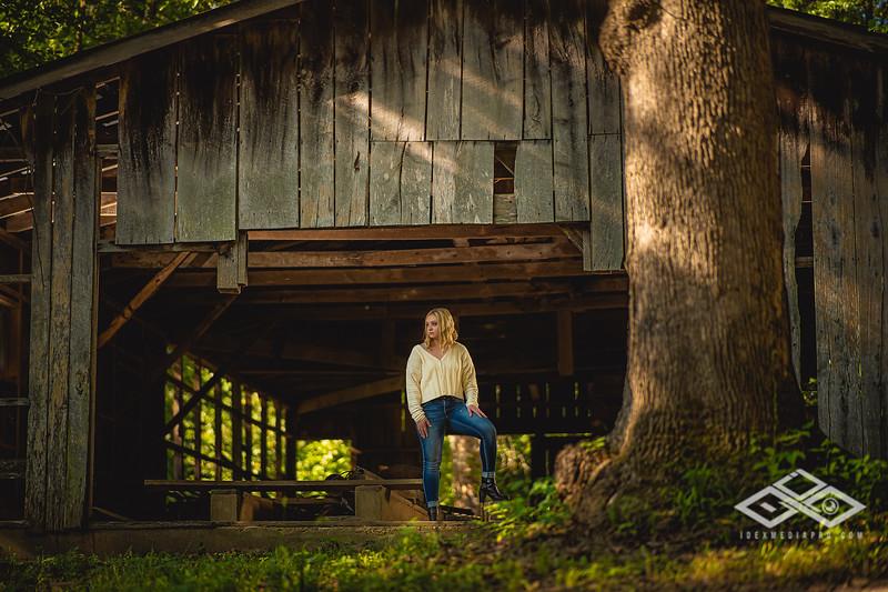 Caitlin Asbury Senior-7306255