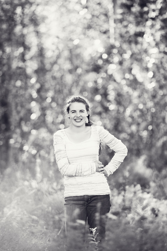 Caitlin_Senior_Sept3-2016__214 B&W