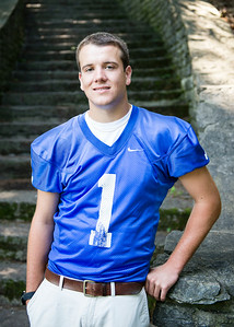 Cole_Carpenter_Senior_14_013