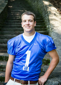 Cole_Carpenter_Senior_14_009