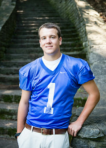 Cole_Carpenter_Senior_14_012