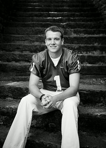 Cole_Carpenter_Senior_14_031