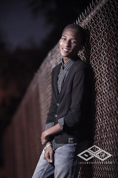 Derrius Senior -28