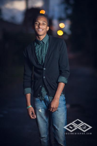 Derrius Senior -39