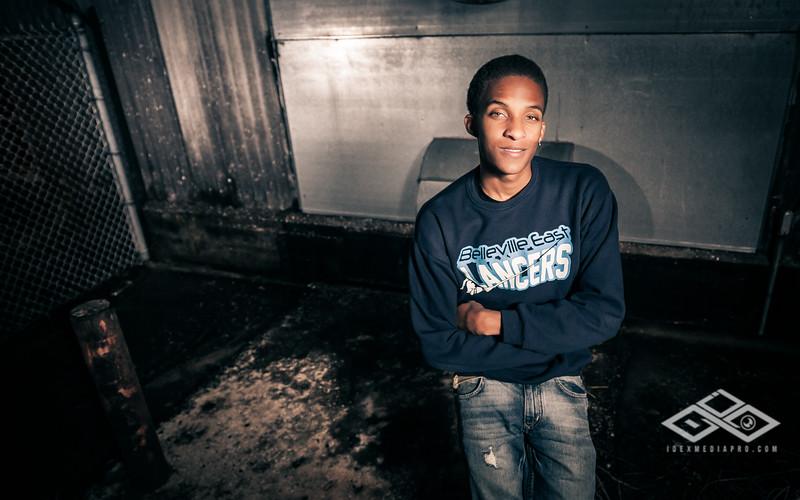 Derrius Senior -3