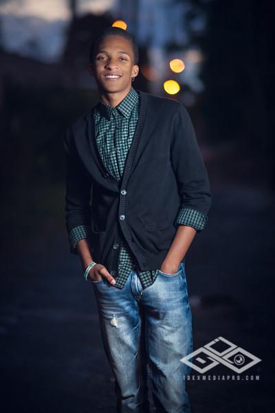 Derrius Senior -38