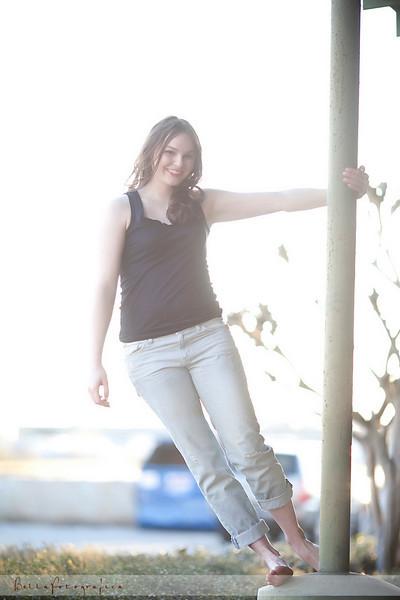 Elissa-Senior-02272010-49