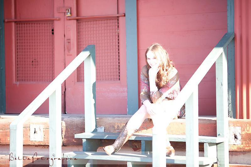 Elissa-Senior-02272010-19