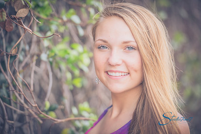 Emily - Senior Shoot