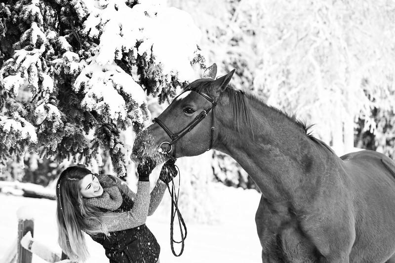 Emma+Clifford_Dec1716_58 B&W