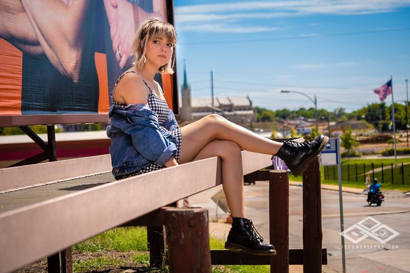 Hannah Senior Portrait-03338