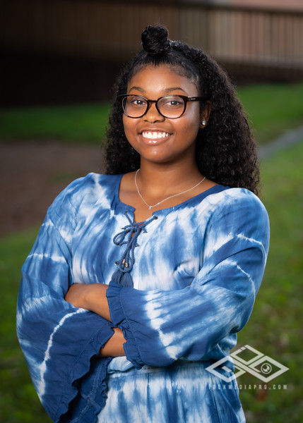 Jaila Parker Senior Portrait-00786