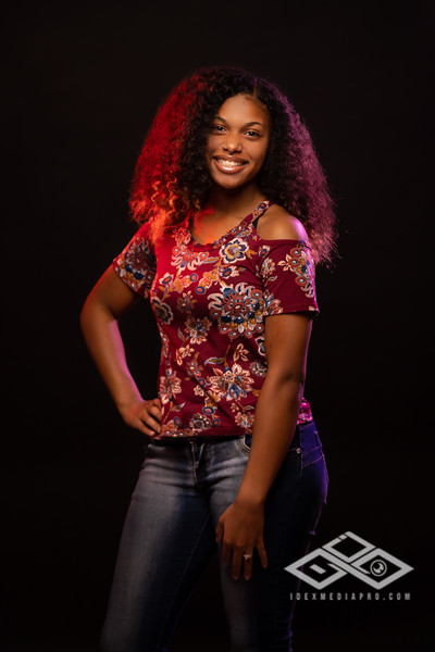 Jaila Senior Portrait-04419