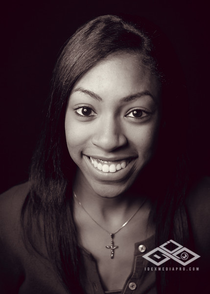 Jasmine 2012 Grad-4