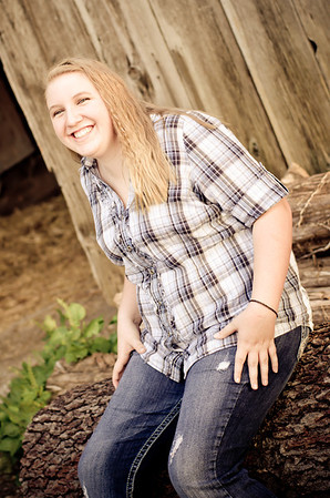 Jordyn Senior Photos