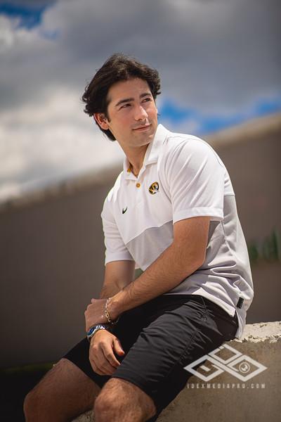 Josh Krneta Senior-05820