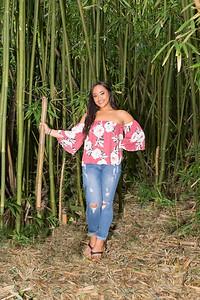 Kayla Senior Web-137
