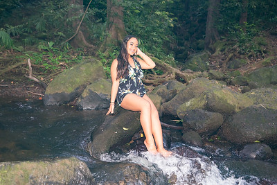 Kayla Senior Web-125