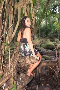 Kayla Senior Web-126