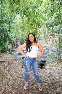 Kayla Senior Web-185