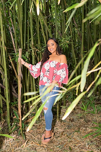 Kayla Senior Web-139