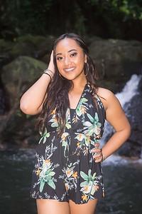 Kayla Senior Web-94
