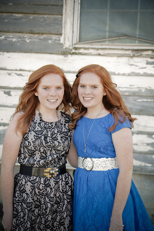 Lauren and Lindsay Keller Senior Photos