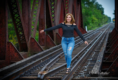 Leah Senior pictures 2020-12