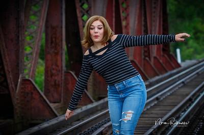 Leah Senior pictures 2020-17