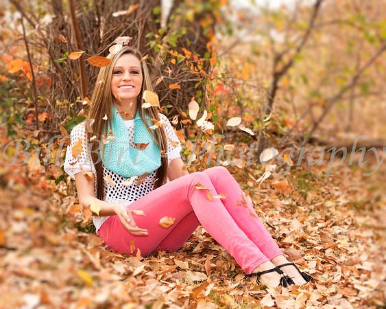 _J6A1191 woods sit leaf Madi