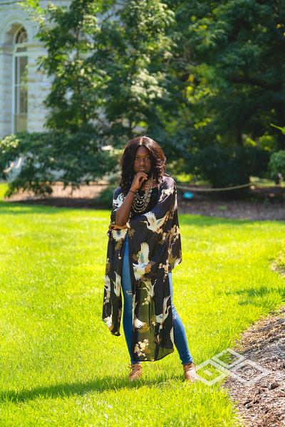 Madison Young Senior Portrait-08325-Edit