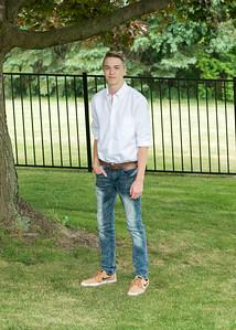 Patrick-Munson-Senior2017-097